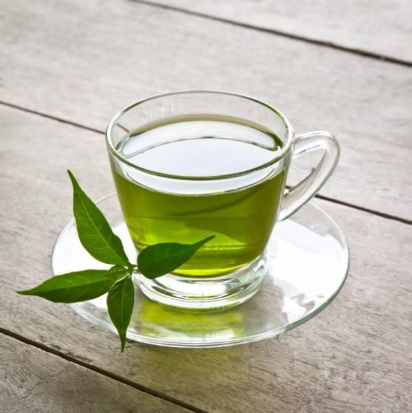 چای سبز برای درمان گلودرد